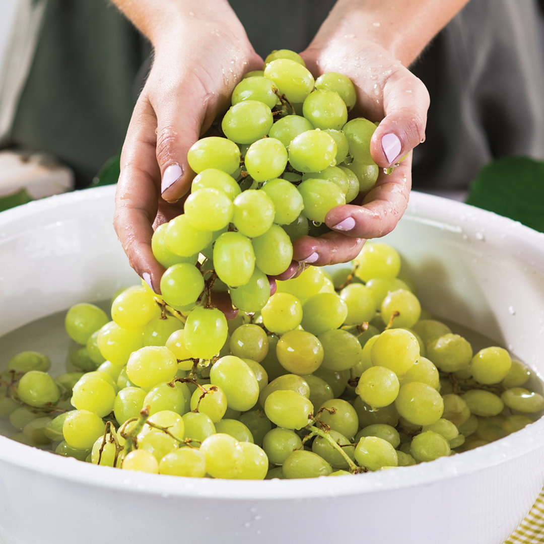 Delicious and healthy grapes Risamat
